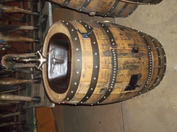 Whiskey Barrel Sink - x0024450 (Kiln-Picayune,Ms.)