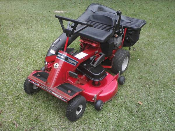 Snapper 1642 Commercial Riding lawn Mower - $800 (baker)