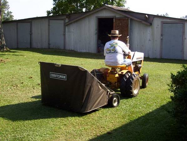 Craftsman 42 High Speed Tow-Behind Lawn Sweeper $165OBO - x0024165 (Baton Rouge)