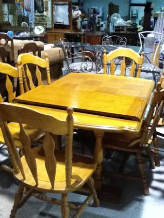 Dinning Room Tables and Chairs  Bogalusa LA