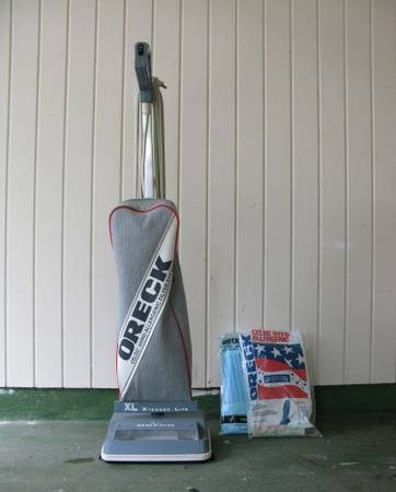 Oreck XL Vacuum - Make an Offer - $55 (Baton Rouge)