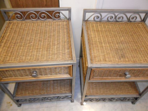 WICKER KEY WEST STYLE KINGSIZE HEADBOARD AND 2 NITE STANDS FROM PIER 1 - $75 (BATON ROUGE)