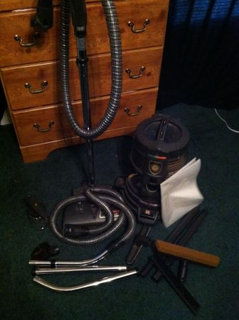 Rainbow vacuum E series - $700 (Baton Rouge)