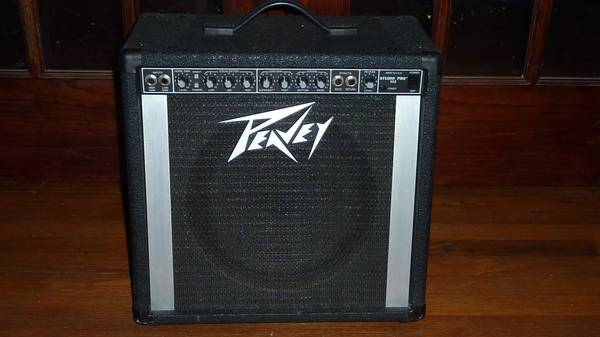 PEAVEY STUDIO PRO 112 GUITAR AMP 12SPEAKER 65 WATTS - $60 (Baton Rouge)