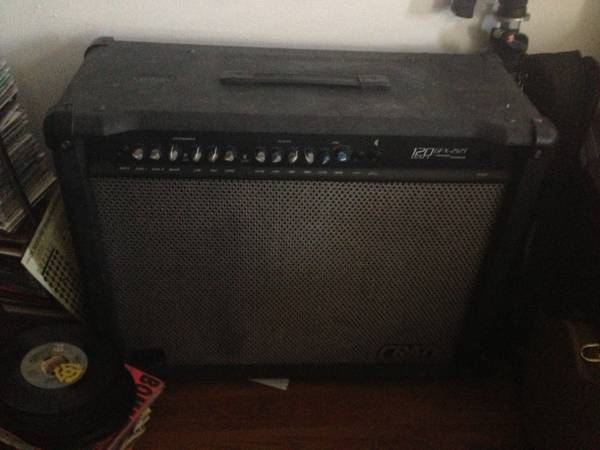 Crate GFX-212T 120w guitar - $70 (Spanish Town)