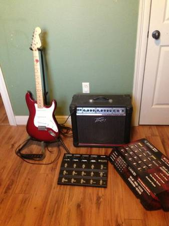 American Made Fender Stratacaster, Studio Pro Amp, and a brand new Line 6 Stompb - $800 (Denham Springs La)