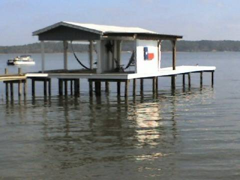 2br - 1400ft sup2  - Waterfront Home  Lake Palestine