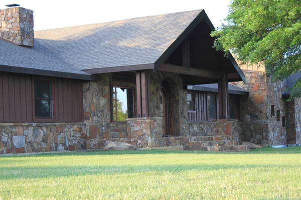 -  1   5br - 4200ft sup2  - Tired landlord  trade my ranch  East Texas