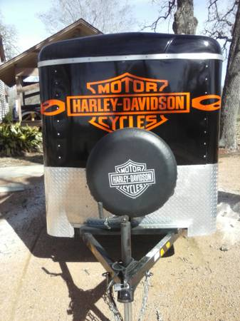 Harley Davidson in closed trailer  -   x0024 3000  Hempstead  Tx