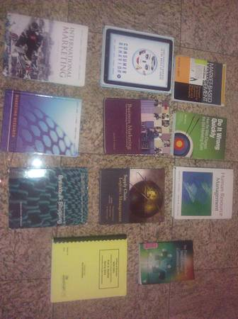 UH-D Textbooks for sale...NEED GONE - $1 (Houston)
