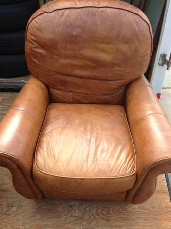 Leather Bradington-Young Recliner Chair - $500 (Port Neches)