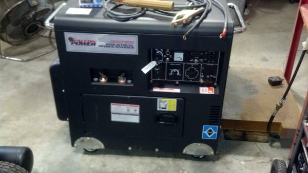 Falcon 8500 watt generator Welder - x00243700 (Beaumont)