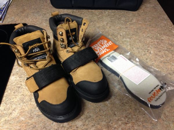 Cougar Paws Duraflex Roofing Boots - $100 (Beaumont)