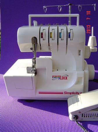 Easy Lock Simplicity serger sewing machine - $150 (Alief)