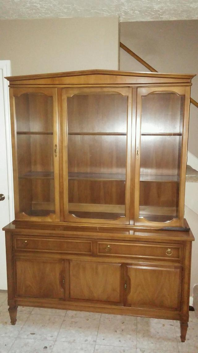 525  Antique solid wood china cabinet  great condition
