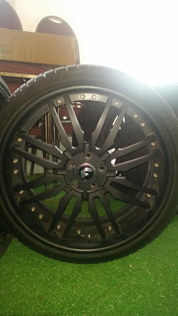 3 500  22 Forgiato Offset Rims