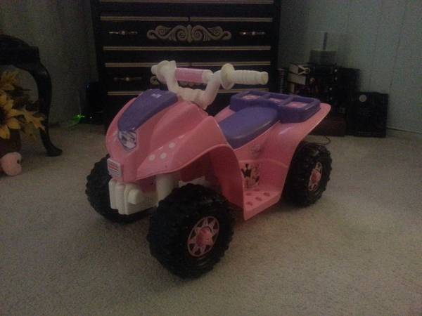 Pink Minnie Mouse 4-wheeler - $50 (Beaumont)
