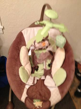 Disney baby The Lion King swing - $100 (Port Neches)
