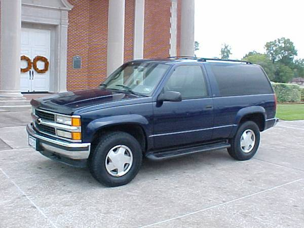 1996 Chevy Tahoe 2dr LT 4x4 - $4700 (Port Neches, Tx)