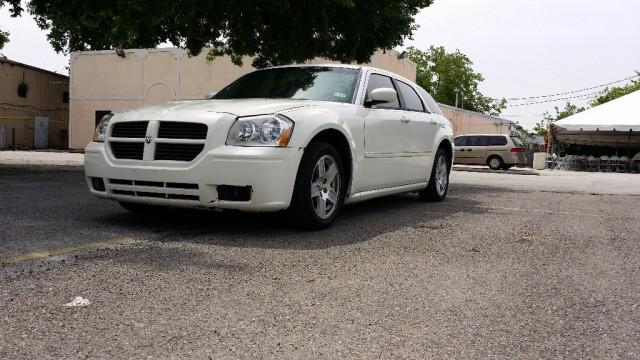 $5,199, 2007 Dodge Magnum 4dr Excellent Condition Car