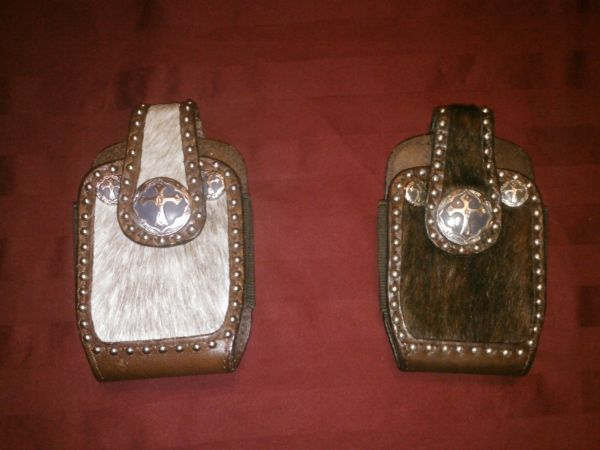 Brindle Hair with 3 Cross Conchos Cell Phone Case Cavenders Boot City - $20 (Beaumont, Tx)