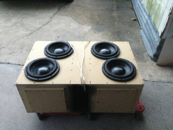 4- sundown audio subs - $525 (Port arthur )