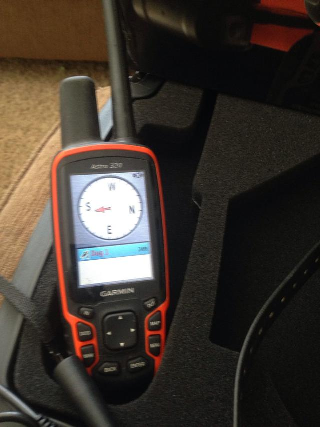 Get Garmin Astro 320 Dog TrackerFish Finder At Affordable Prices