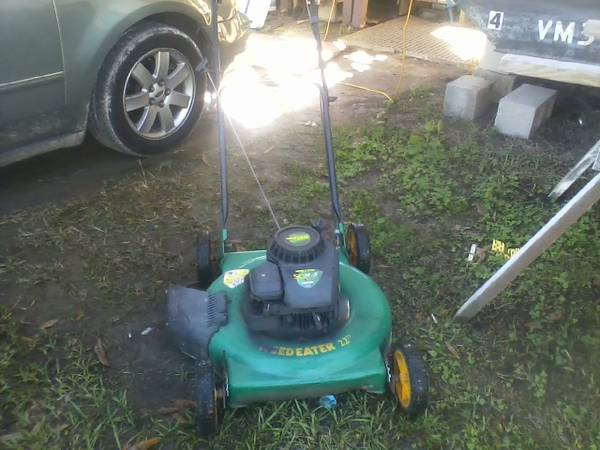 weedeater push mower - $40 (orangefield )