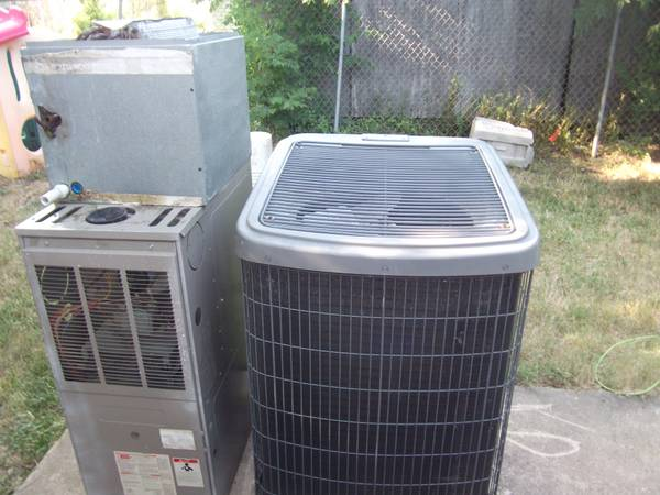 AC Unit Split SystemPackageDual Fuel Straight CoolHeat PumpFurnace - $1200 (Houston, TX)