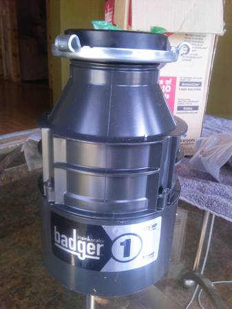 Badger insinkerator  - $100