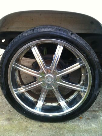 Chevy Truck 6 Lug 22in. Tires Rims (vidor)