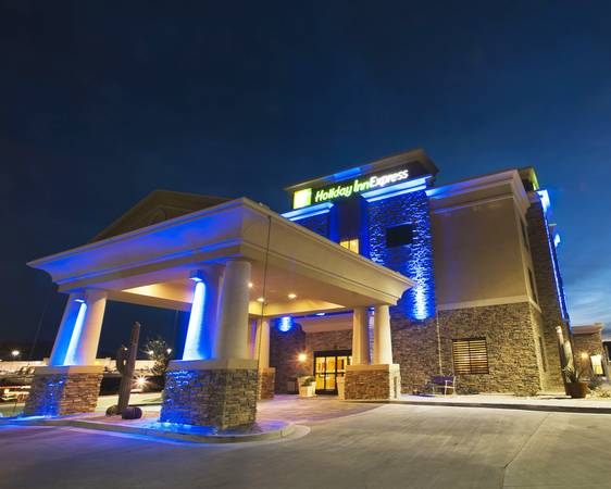 Holiday Inn Express  T or C  NM