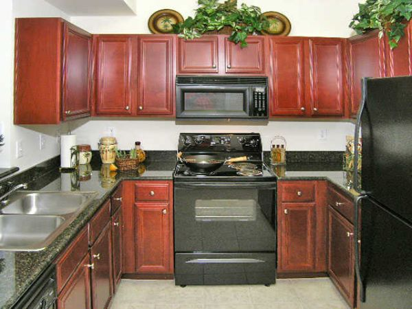 1450   3br - 1280ft sup2  - 3 bedroom Immediate move-in  Sugar Land