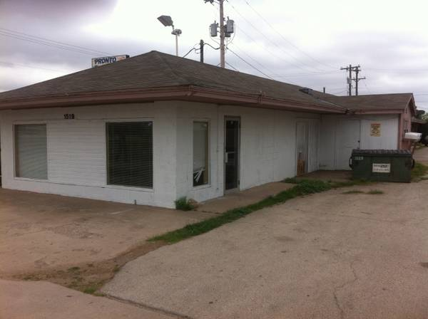 OILFIELD COMPANY BUNKHOUSE SLEEPS 6  ALL BILLS PAID     SAN ANGELO