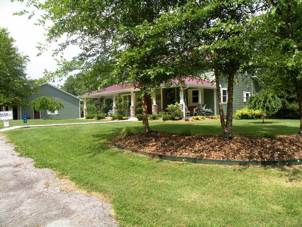 x0024 265000   4br - 2400ft sup2  - price reduced  will pay closing  mtn  home  Monteagle  TN