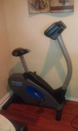 PROFORM XP 100 U UPRIGHT EXERCISE CYCLE - $100 (Midland)