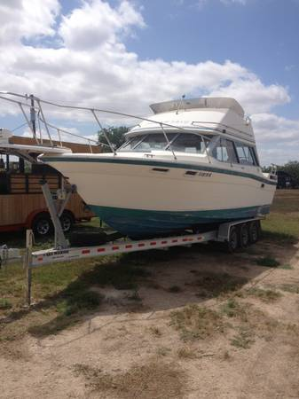 1987 Bayliner Contessa Flybridge - $13500 (San Angelo, TX)