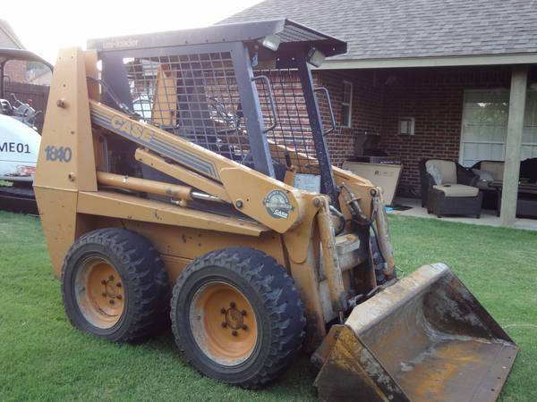 case 1840, 1300 original hours, runs great - $11900 (oklahoma)