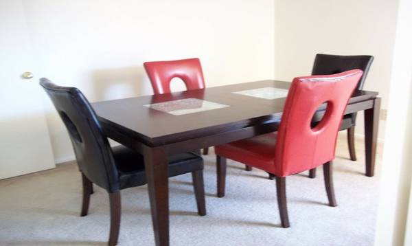DINING ROOM SET -   x0024 650  MIDLAND TX