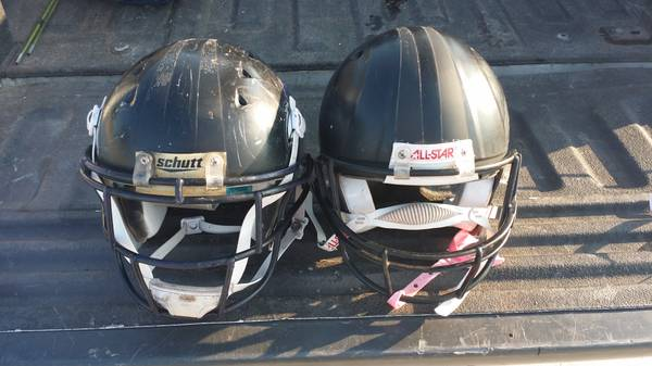 youth football helmets 62 of them -   x0024 1500