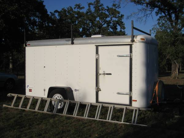 Enclosed utility trailer 6 x 12 -  2400  Kingsbury  texas