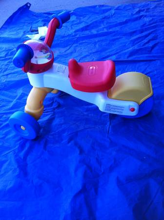 Toy - Tricycle - Grow N Go Rider -   x0024 10  Westside El Paso Texas