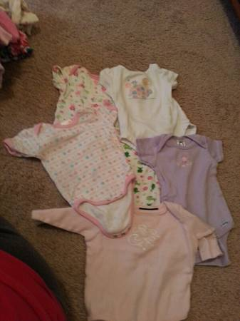 lots of baby girl clothes - $40 (san angelo)