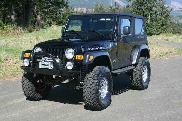 Clean2005 Jeep Wrangler Rubicon Sport Utility 2-Door 4.0L - $2000
