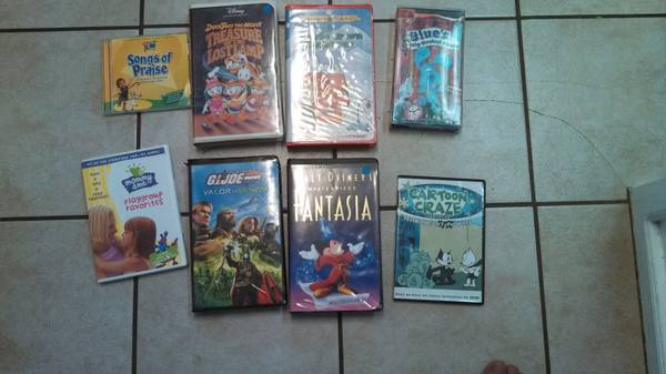 kids DVD and VHS Tapes -  1  Midland