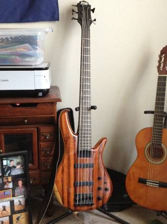 Zon Sonus 519 Bass guitar - $2300