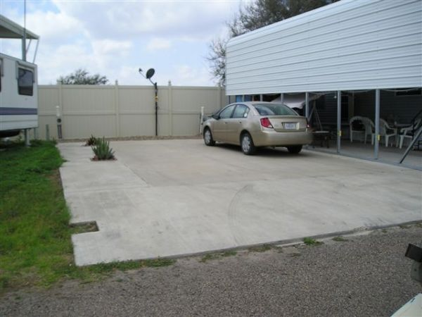 $200 50 AMP RV SITE ON GOLF COURSE, MONTE CRISTO (EDINBURG NEAR FLYING J TRUCK STOP)