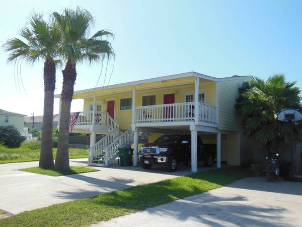 - $325 4br - 1800ftsup2 - Spacious, Furnished South Padre Island Duplex for Vacation Rental (E. Kingfish, 5 houses from the beach)
