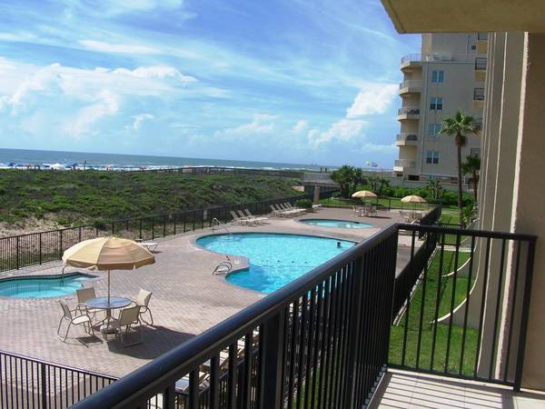 - $175 2br - 1117ftsup2 - Beachfront Condo for an Awesome Vacation (South Padre Island)