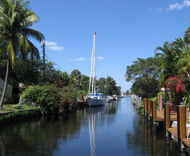1 500  Monthly Rental Waterfront duplex in East Ft  Lauderdale